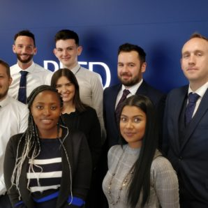 Reed Oxford 2019 group picture of recruitment consultants